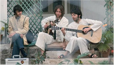 beatles_in_India_10.jpg