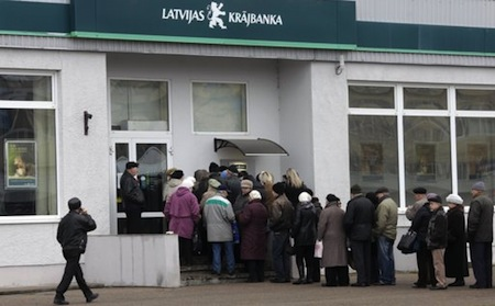 latvia-bank-2011-12-12.JPG
