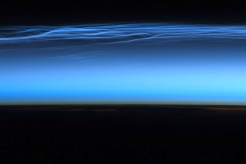 noctilucent-clouds-iss.jpg