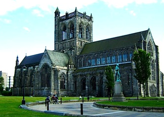 paisley-abbey-02.png