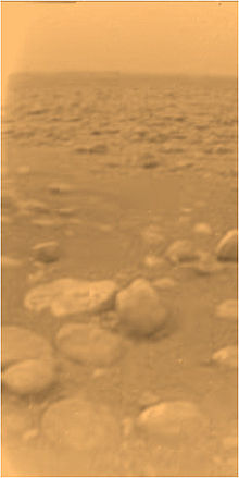 220px-Huygens_surface_color.jpg